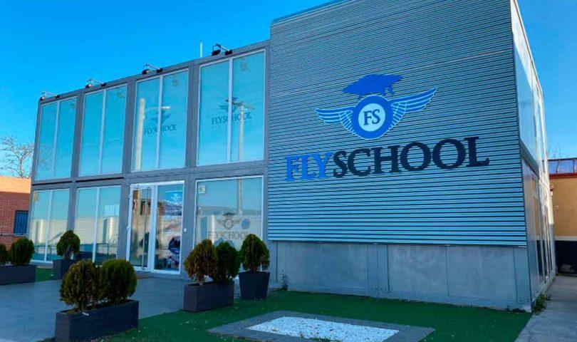 Flyschool, Cuatro Vientos