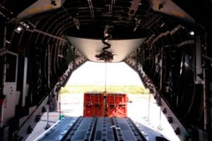 grúa, A400M, CRANE, Crane del A400M, fabricado por Héroux-Devtek España