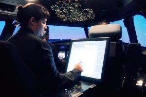 Los pilotos de Adventia completarán su formación en el centro de simulación de GTA en Yakarta