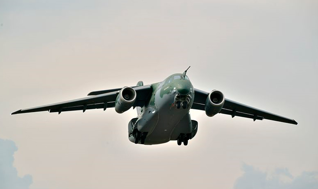 KC-390, Embraer