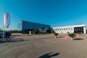 Leonardo abre una nueva instalación en Pisa y presenta una versión optimizada del AWHERO