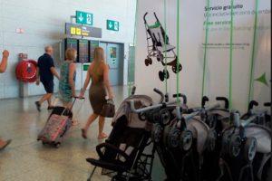 El Aeropuerto de Málaga refuerza sus servicios a familias