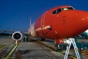 Llega el tercer avión de Norwegian a la base Argentina