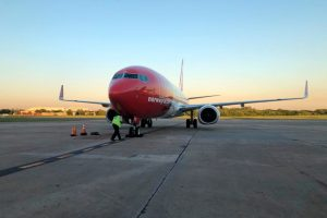 Llega a la base argentina el cuarto avión de Norwegian