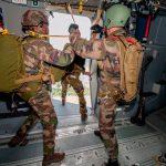 El A400M autorizado para lanzar paracaidistas desde sus puertas laterales