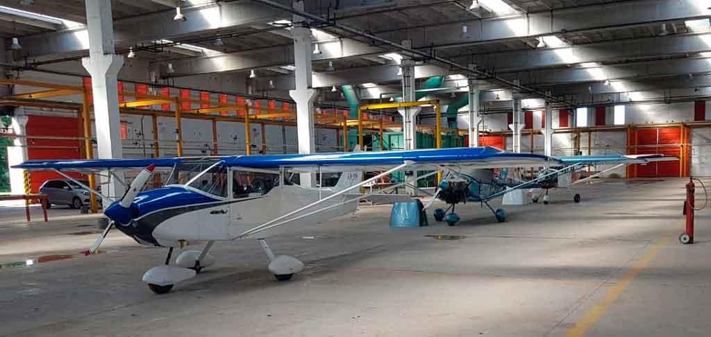 Hangar Petrel 912