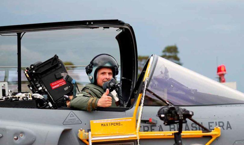 FAB, Gripen E, piloto
