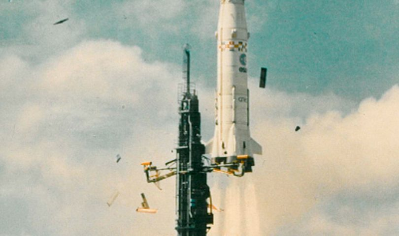 Primer lanzamiento de Ariane