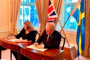 Firma acuerdo Suecia UK