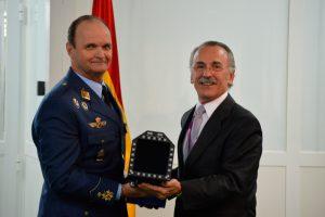 Tecnobit entrega los primeros displays para los F-18 españoles