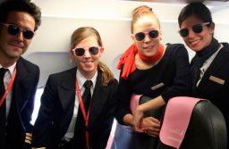 Iberia Express se viste de rosa por el día contra el cáncer de mama