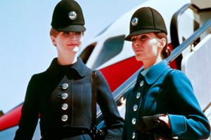 Iberia lanza un concurso para elegir al diseñador de sus nuevos uniformes